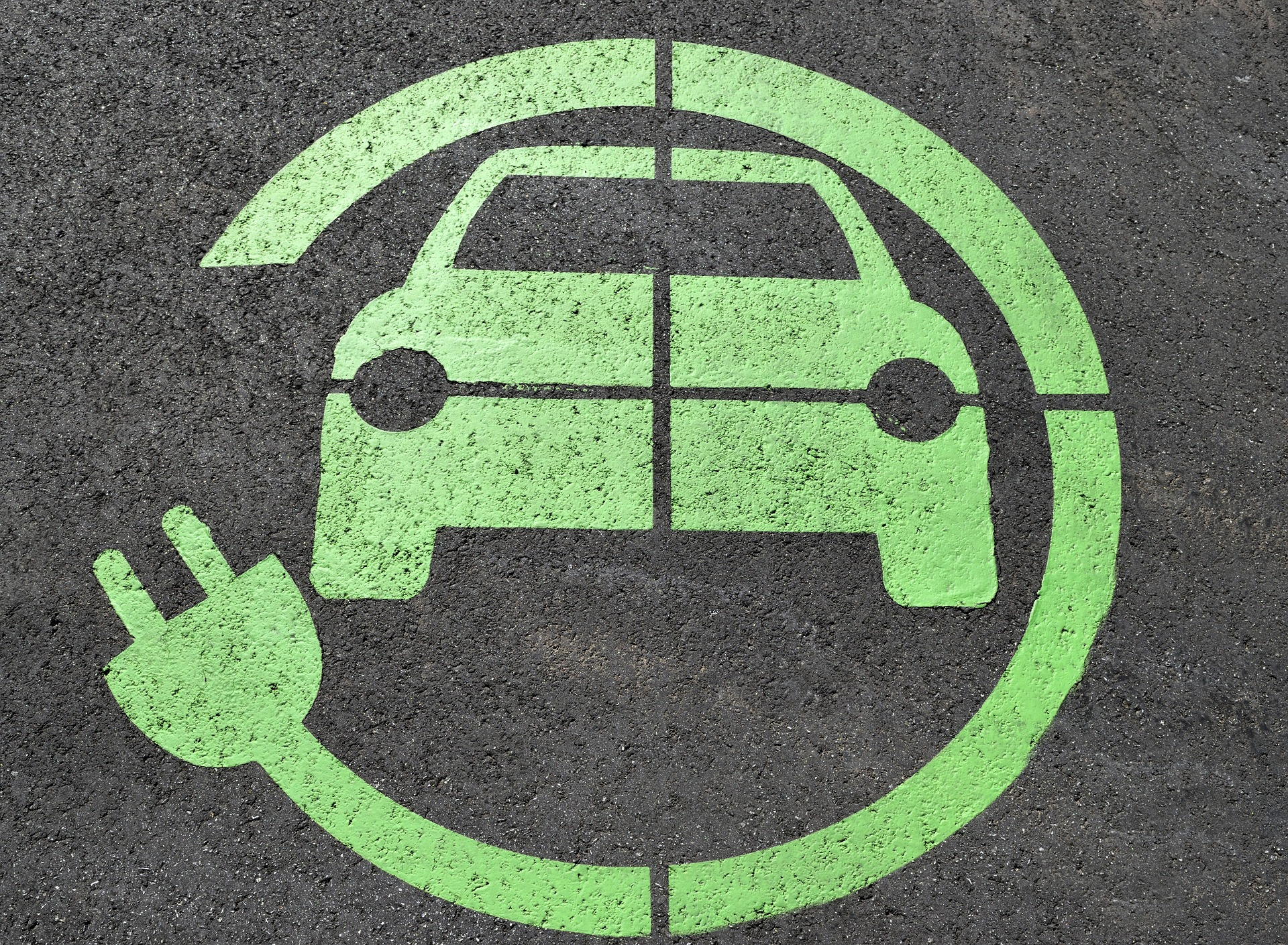 Nowelizacja ustawy o elektromobilności to za mało na szybki rozwój rynku e-aut