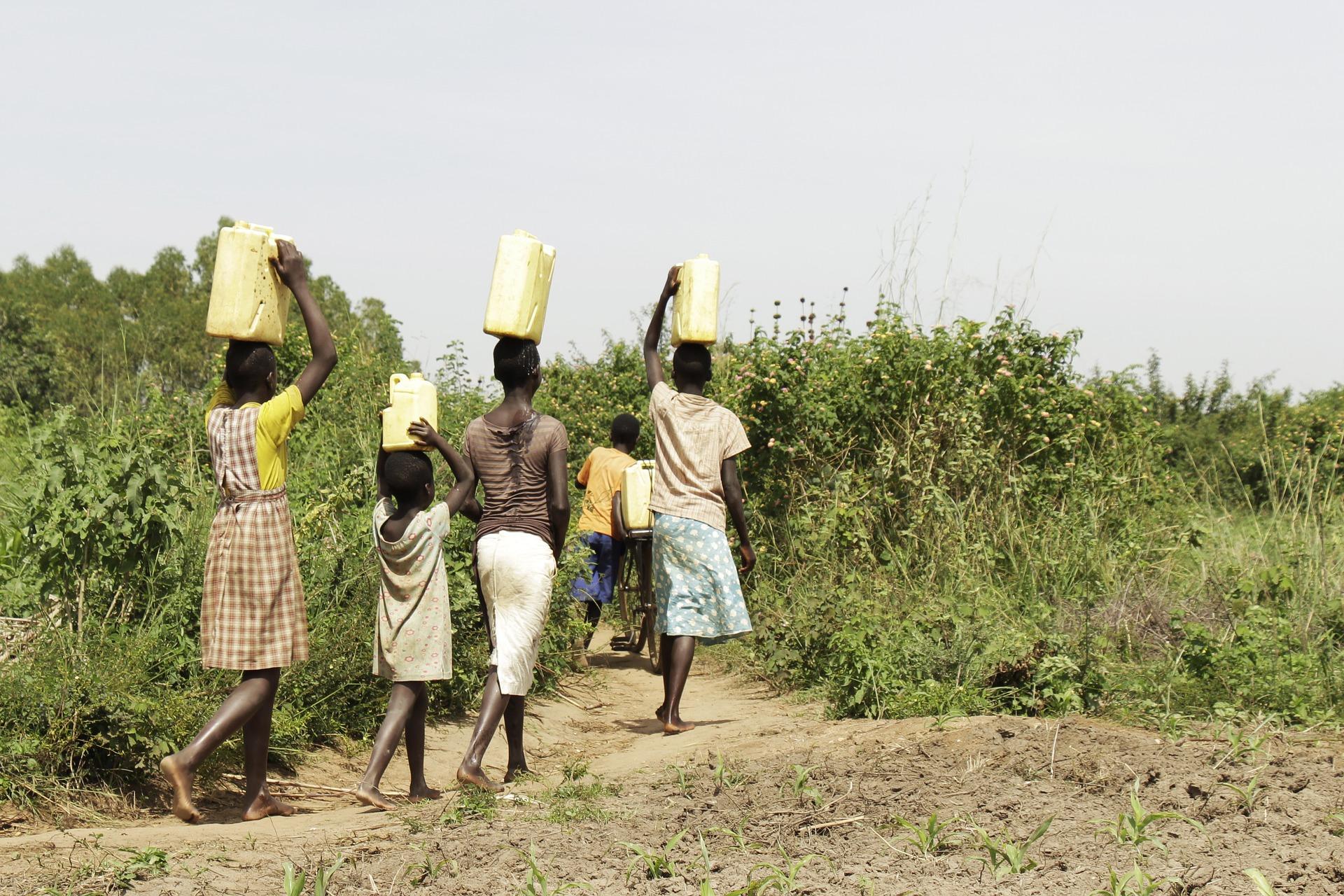 Brak dostępu do wody i żywności coraz większym zagrożeniem dla ludzkości