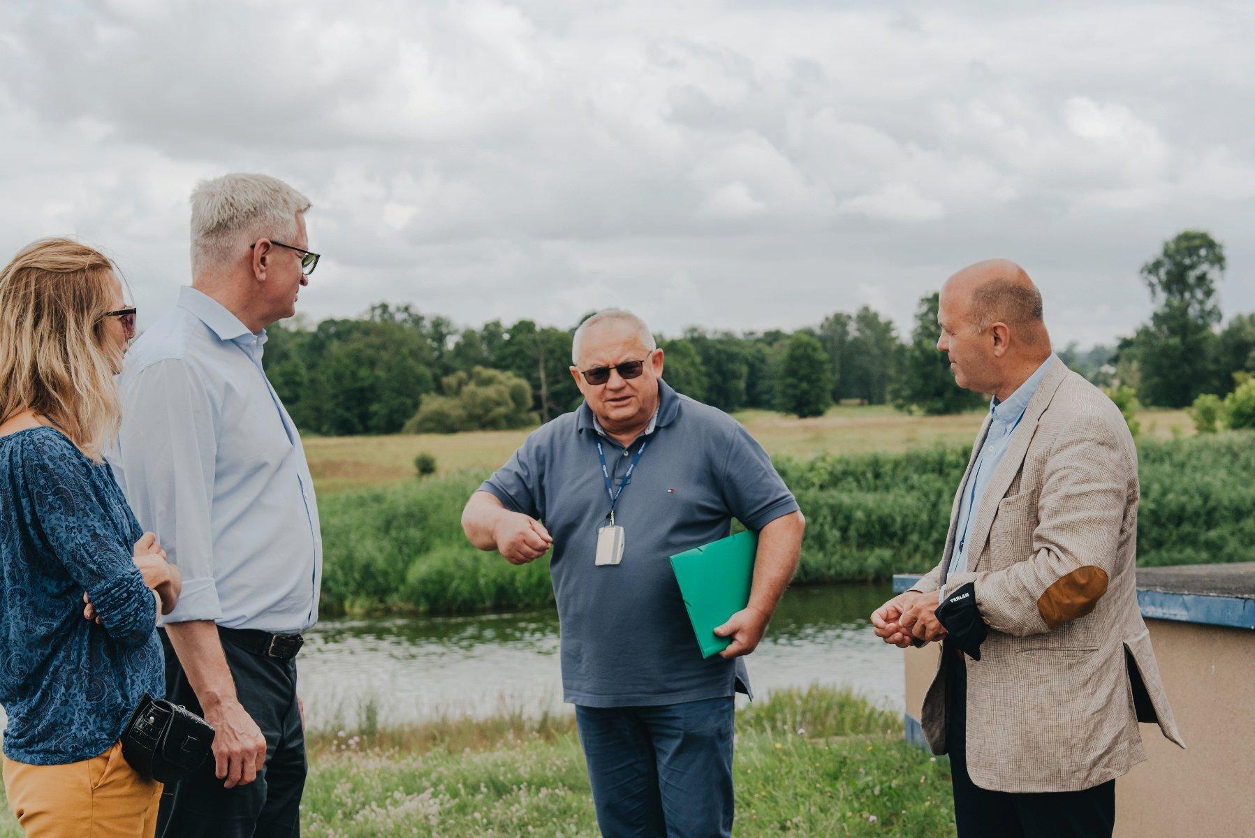 Jacek Jaśkowiak odwiedził ujęcie wody Mosina-Krajkowo