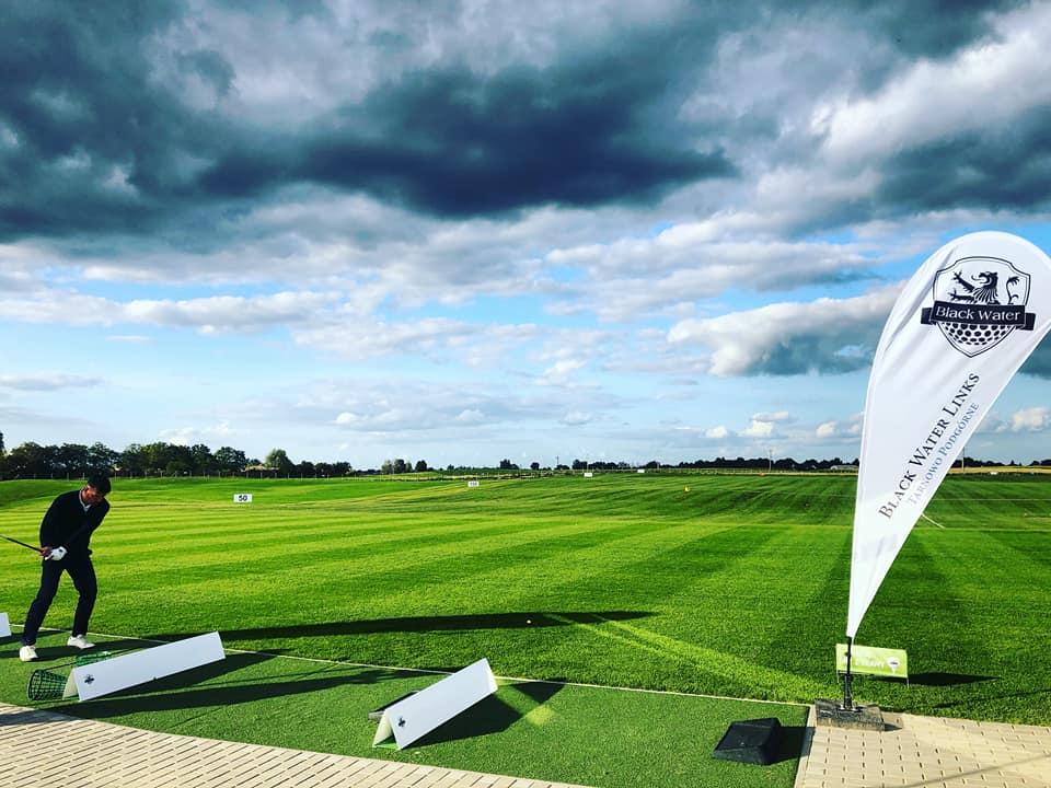 Jak pełnowymiarowe pole golfowe w Tarnowie Podgórnym wpłynie na środowisko?
