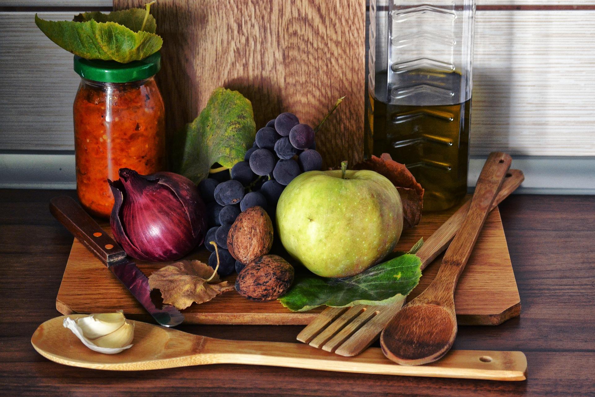 Poznaniacy chętnie sięgają po rodzime owoce i warzywa